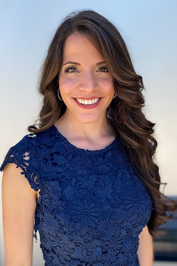 Dr. Stephanie Colaiacovo